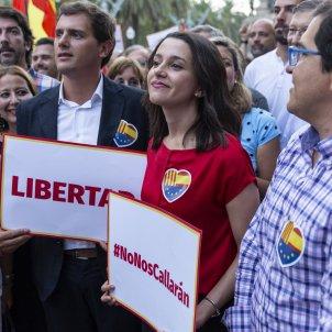 Mani Ciutadans Ciutadella Sonia Sierr Espejo Rivera Arrimadas Unionisme - Sergi Alcazar
