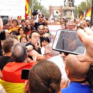 agressió càmera telemadrid parc ciutadella - roberto lázaro_03