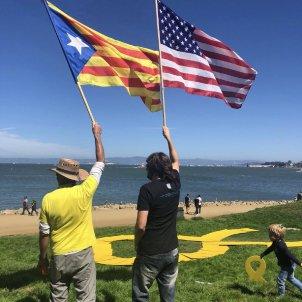 san francisco banderes / @AnselmBossacoma