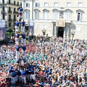 castellers de la vila de gràcia / Montserrat Torres