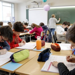 classe nens primaria escola - acn