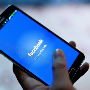 facebook - efe