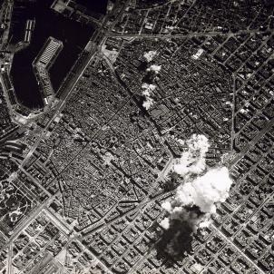 Bombardeig sobre Barcelona (1938) Font Viquipčdia (1)