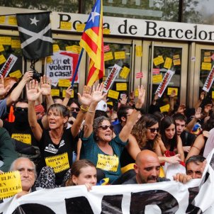Manifestants Borsa Serdi Alcàzar