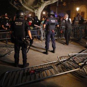 mossos parlament marxa aniversari 1-o - sergi alcazar