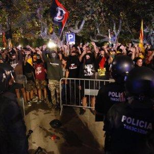 EL NACIONAL mossos marxa aniversari 1-o parlament - sergi alcazar