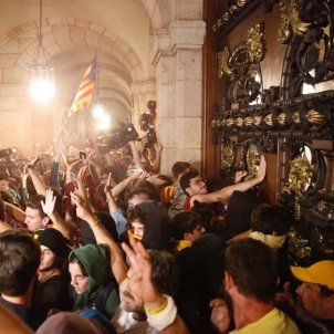 Manifestacio Parlament 1 octubre Sergi Alcazar