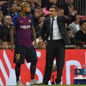 Arturo Vidal Ernesto Valverde Barça Tottenham   EFE