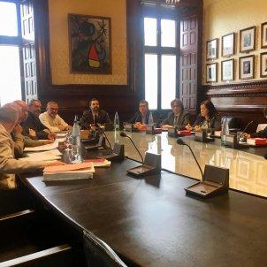 ELNACIONAL Reunio Mesa Parlament Carlota Camps