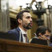 Ple Parlament perdua majoria diputats suspesos Mesa Torrent - Sergi Alcazar