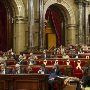 Ple Parlament perdua majoria diputats suspesos Votacions hemicicle escons - Sergi Alcazar