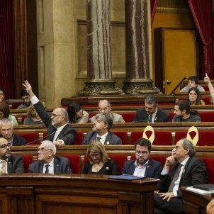 Ple Parlament perdua majoria diputats suspesos Votacions ERC JxCat - Sergi Alcazar