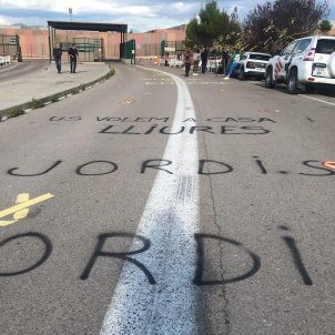 ELNACIONAL portes Lledoners un any preso Jordis Gemma Liñán