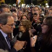 Vídeo: Què demanen a Torra els assistents a l'acte pels Jordis