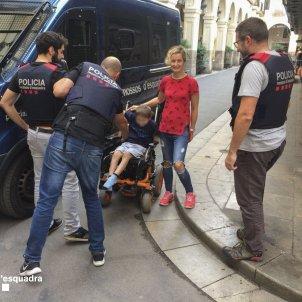 mossos cadira de rodes