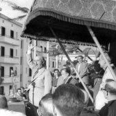 Franco dando un discurso en Éibar en 1949 Indalecio Ojanguren gipukzoa kultura