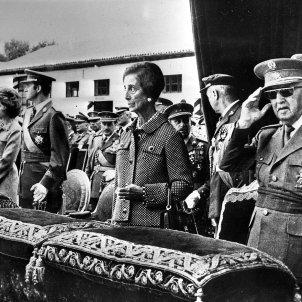 Franco Carmen Polo Juan Carlos met Onbekend  Anefo wikipedia