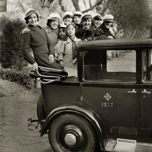 Fiesta de las Modistas Barcelona 1931 copyright Fons Josep Branguli (Fotoperiodista)   Arxiu Nacional de Catalunya (2)