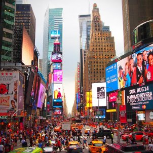 new york times square PIXABAY