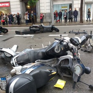 Accident travessera ferits motos twitter