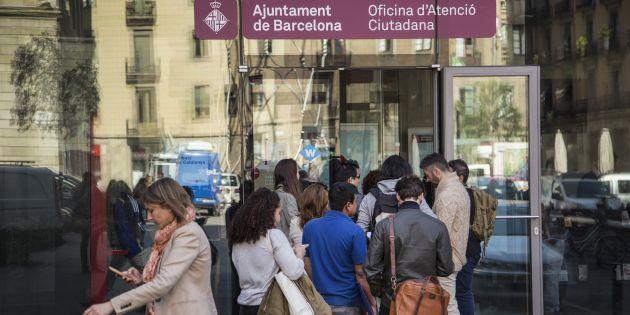 Oriol farr 39 s newsletter featuring barcelona redueix un for Oficina atencio al ciutada