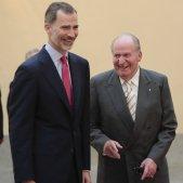 """La investigació del Parlament a la família reial: """"estructures de corrupció"""" i comptes a Suïssa"""