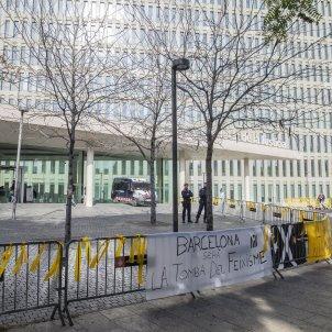 llaços grocs judici Policia Nacional del 1-O Ciutat de la Justicia - Sergi Alcàzar