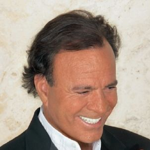Julio Iglesias   wikipedia