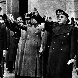 Franco tomba Primo Rivera