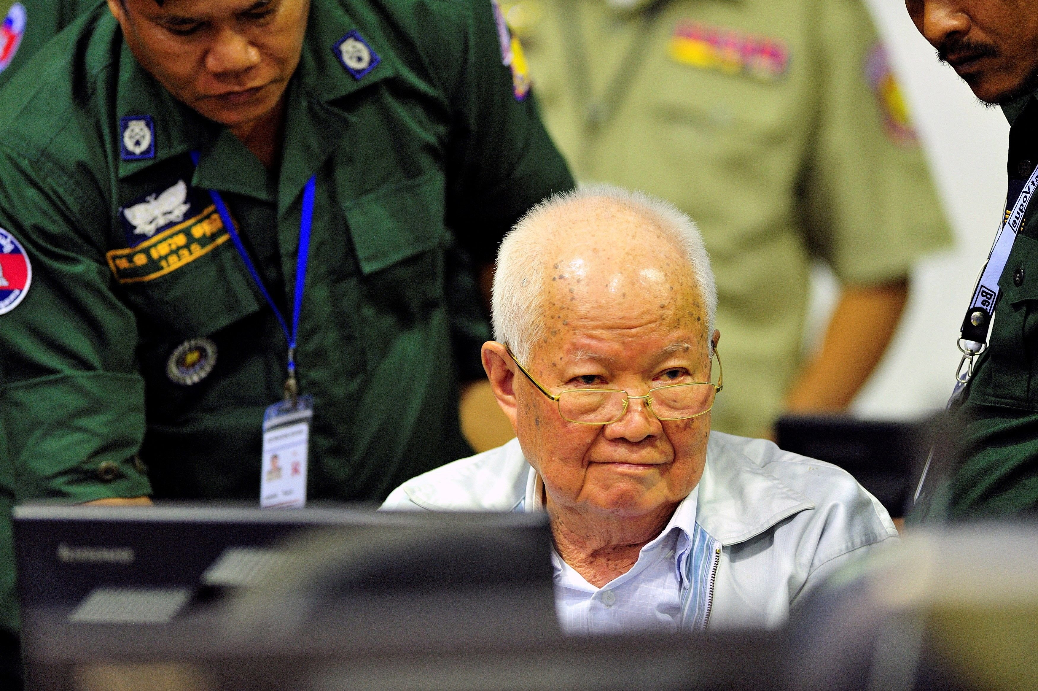 khmer Roig Khieu Samphan cambodja efe