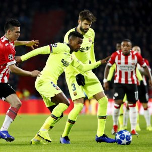 Semedo Piqué PSV Barça EFE