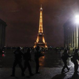 Armilles Grogues protestes Paris EFE