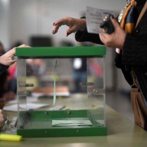 eleccions andalusia urna - efe