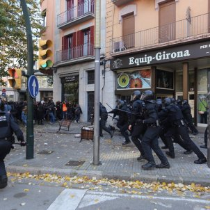 Mosos Girona Antifeixistes Carles Palacio