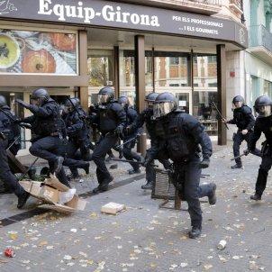càrregues policials girona mossos aniversari constitució acn