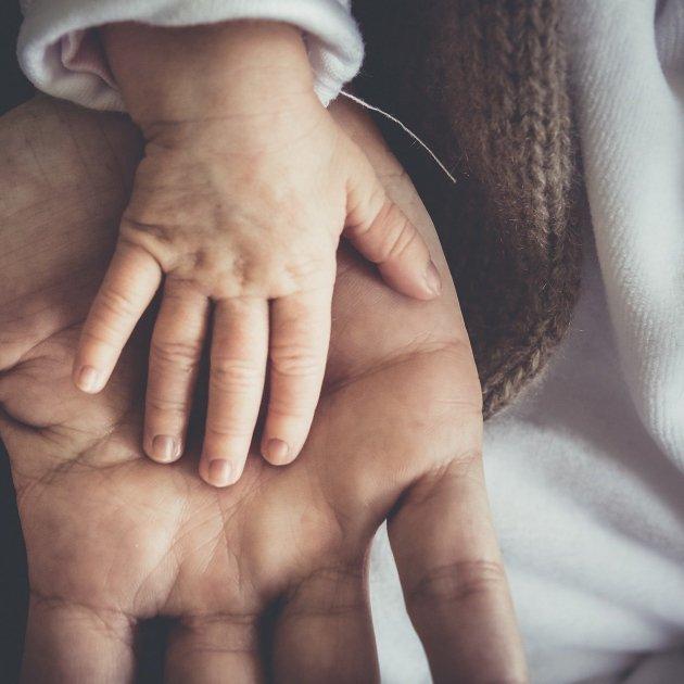 manos - pixabay