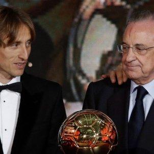 Florentino Pérez Modric Pilota d'Or EFE