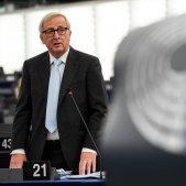 Juncker assegura que el rebuig al pacte augmenta el risc d'un Brexit dur