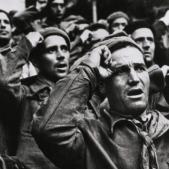 Brigadistes jueus. Font Robert Capa