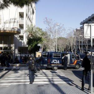 policia espanyola salou hotel 21-d - acn