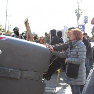 manifestants eviten aldarulls anton rosa