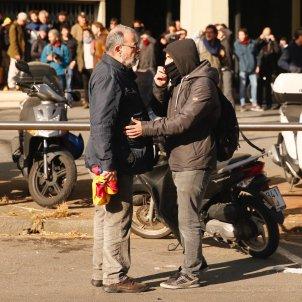 encaputxat manifestant 21-d - sergi alcazar