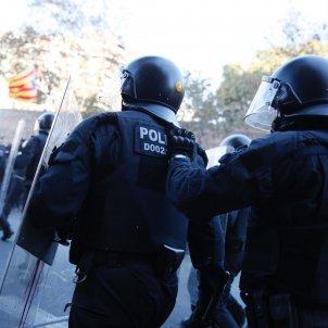 mossos recurs estelada carrega 21-d - sergi alcazar