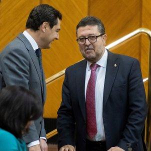 Juanma Moreno (PP) Francisco Serrano (Vox) Parlament Andalusia - Efe