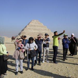 piramides egipte guiza turisme turistes - efe