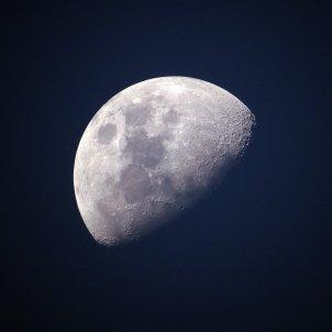 Lluna Ponciano   Pixabay