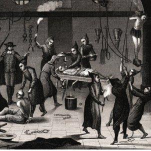 Test 41. La Inquisició hispànica a Catalunya. Gravat d'un interrogatori inquisitorial. Font Enciclopedia Britànica