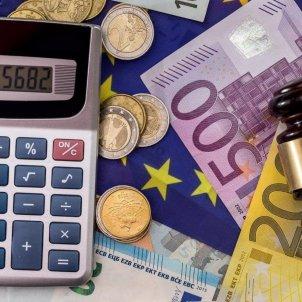 diners impostos euros FdT