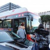 VÍDEO: Dificultats per agafar l'autobús a la Diagonal