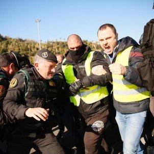 EL NACIONAL taxistes i guàrdia civil   Sergi Alcàzar